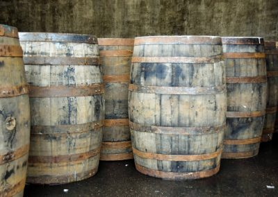 scotland_england_fort_william_ben_nevis_distillery_whisky_whiskey_barrels_barrels-539885 (1)